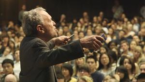 رابرت رایش در حال تدریس در دانشگاه برکلی